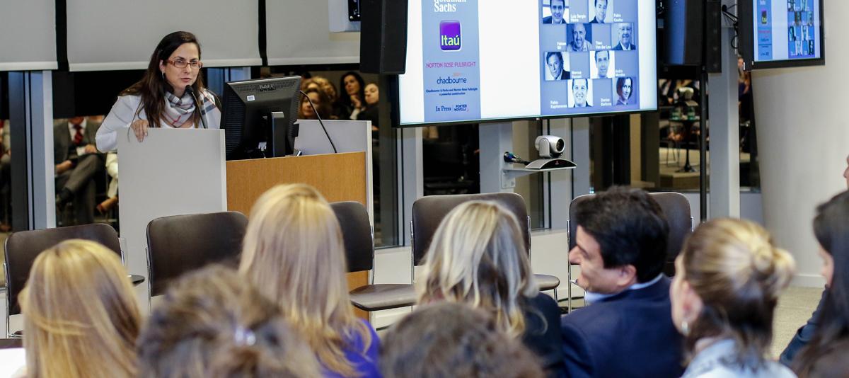 Paula-Moreira-Goldman-Sachs-convidando-os-homens-para-o-debate-lideranca-feminina-gera-lucro-will-latin-america
