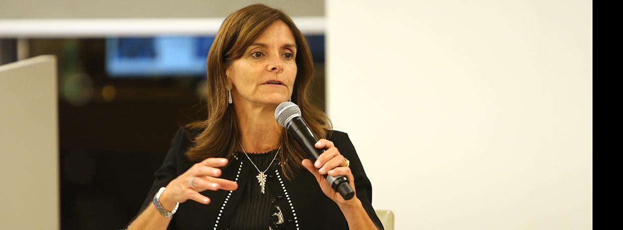 Luciane-Ribeiro-Santander-Asset-Management-8